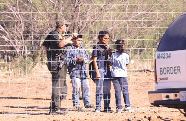 Migración infantil baja con acciones del gobierno local