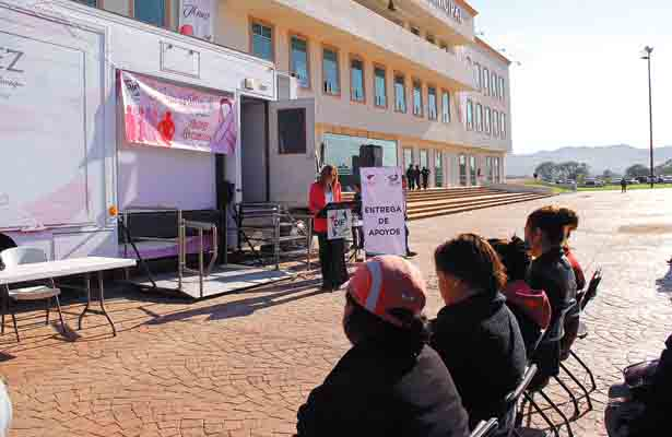 Exitosa jornada de mastografías; benefician a 50 mujeres