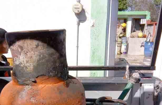 ¡Flamazo!, una fuga en tanque de gas provoca siniestro