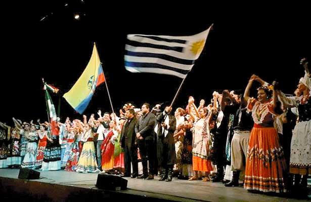 Miles disfrutaron del XIX Festival  Internacional de Folklore de Hidalgo