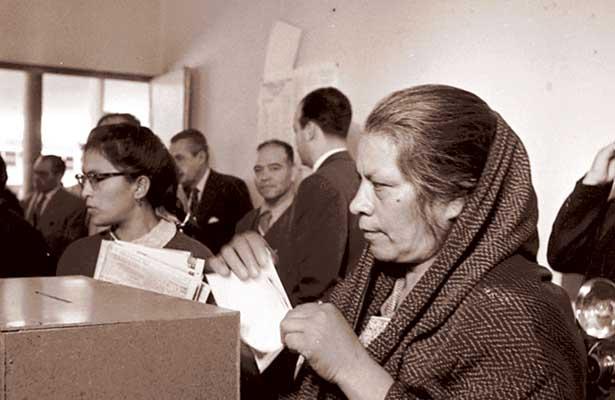 Mujeres con derecho a votar y ser votadas
