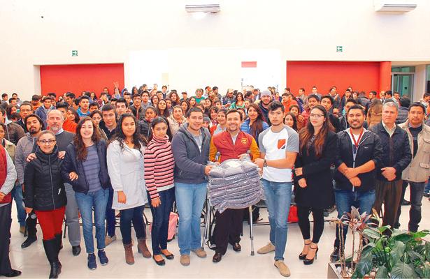 """""""Un Invierno sin Frío"""",  campaña altruista de UPT"""