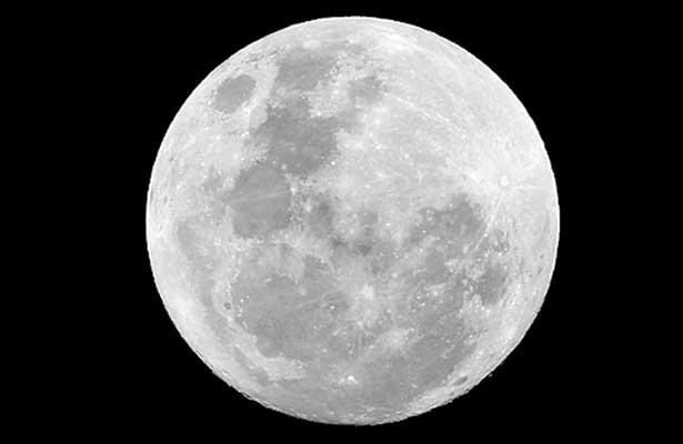 Una luna más grande y brillante podrá observarse