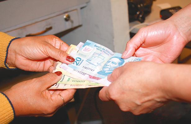 Aguinaldo, nada más para pagar las deudas