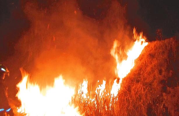 Fuerte incendio en San Nicolás El Chico
