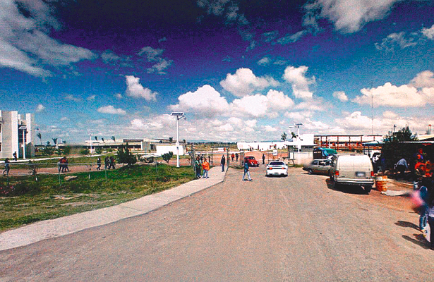 Egresados de UPT inician doctorado en Puebla