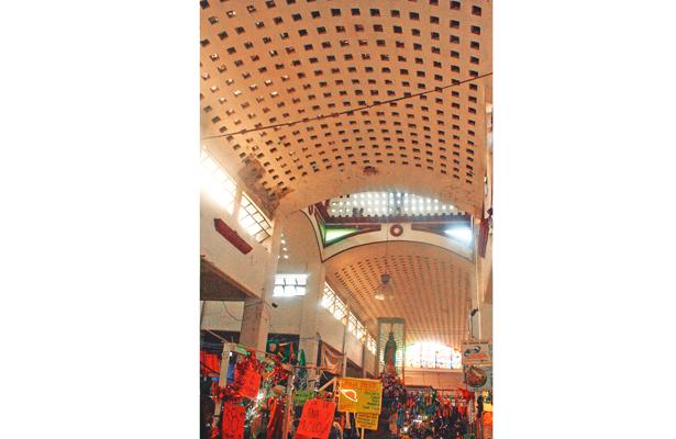 Rehabilitarán cúpula de Mercado Municipal