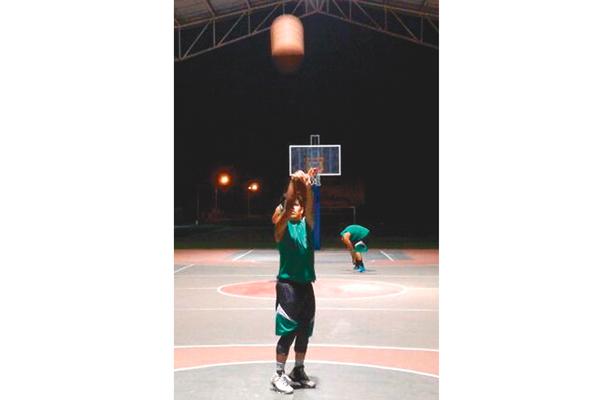 Liga de baloncesto, de nuevo en acción