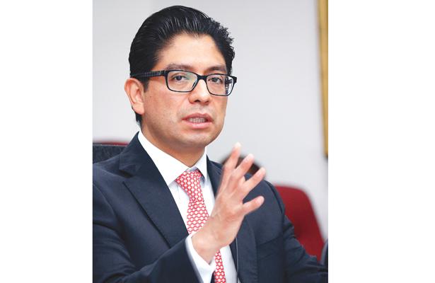 En economía, no pinta bien 2018: José Luis Romo