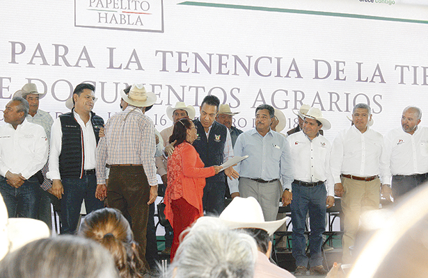 Día histórico al dar certeza jurídica a campesinos: Fayad
