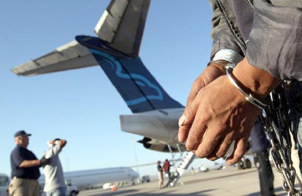 Estadounidenses ilegales en el entidad, deportados