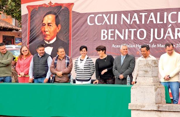 Conmemoraron aniversario  del natalicio de Benito Juárez