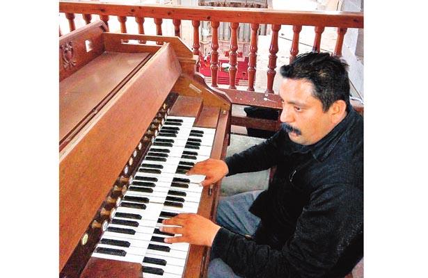 Todo un talento en música sacra