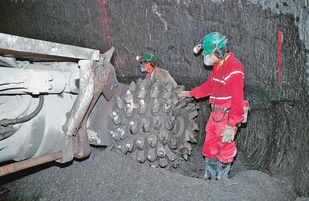 Mineras deben actualizar mapa geológico para evitar riesgos