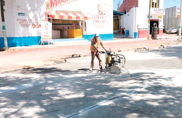 Repararán fisuras en losas del bulevar Emiliano Zapata
