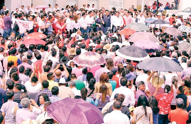 Equipo compacto lacoalición Todos por México, señala el Panal