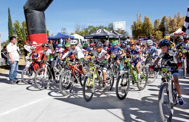 El próximo domingo, los ciclistas participan en Hacienda Vieja. / Foto: Especial