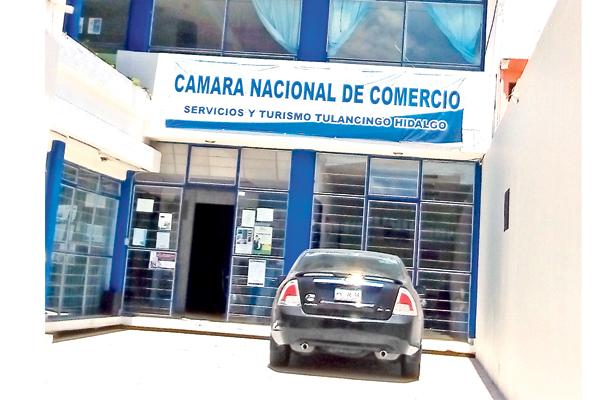 CANACO alerta contra falsos promotores