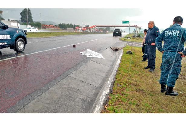 Trágico final de mujer; arrollada en autopista Tulancingo-Pachuca