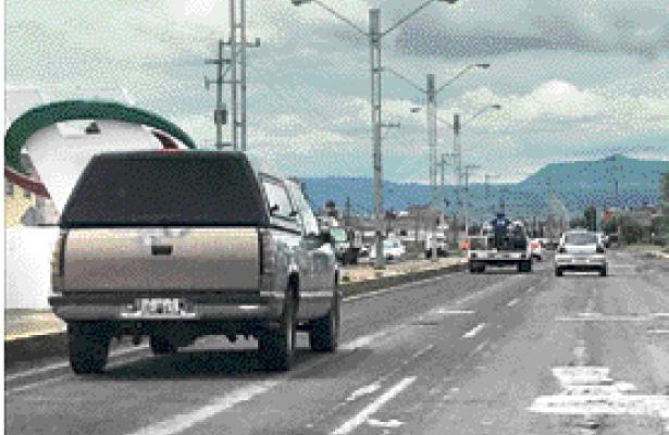 Ocasiona daños en vehículos y es causa de accidentes