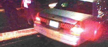 Conductor pierde el control de su vehículo