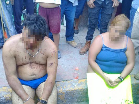 Retienen a 5 en Ixmiquilpan, tras intento de venta de VISAS