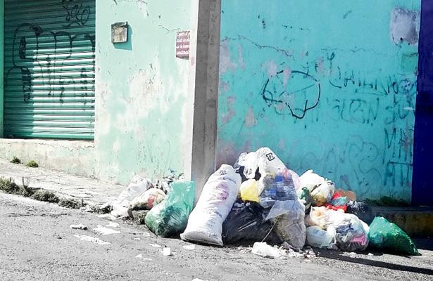Vecinos sin cumplir campaña de socialización de basura