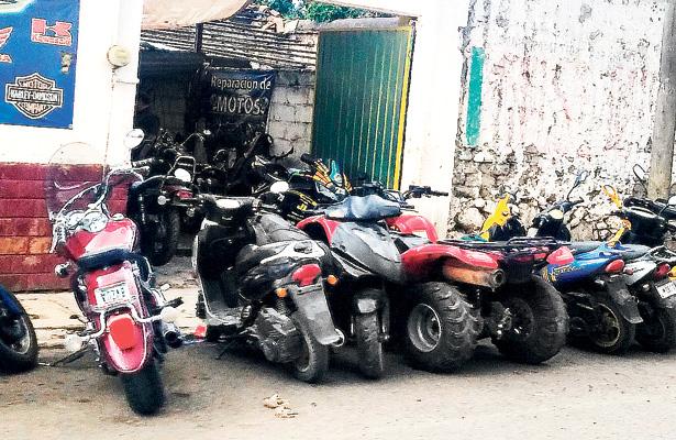 Talleres de motos y carros invaden calles