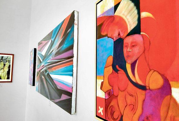 Un mes más exposición en Centro Cultural