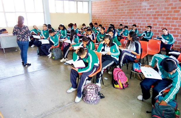 Alumnos de Tulancingo, de los cinco mejores lugares estatales