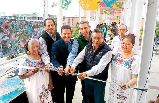 """Concluyó seminario """"Pueblos con Sabor"""""""