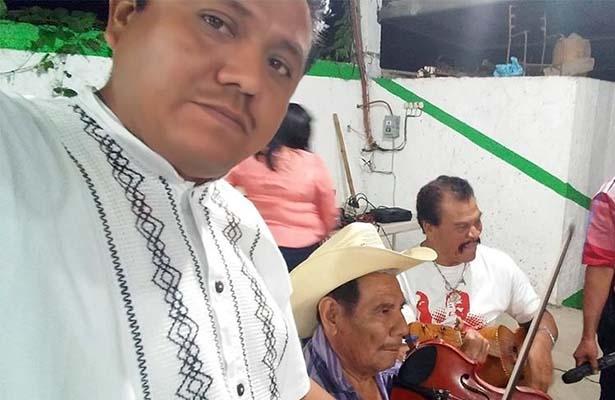 Comando armado ejecuta a regidor en Cerro Azul