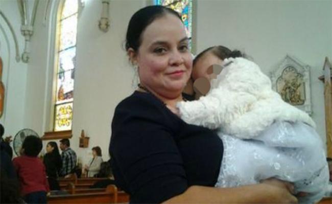 Pese a protestas y pruebas, EU deporta a madre inmigrante mexicana
