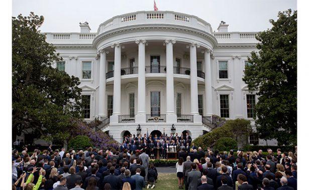 Patriots critica a NYT por comparar visita a Trump con la de Obama