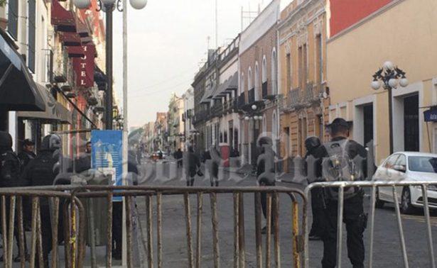 Desalojan plantón frente al Congreso de Puebla