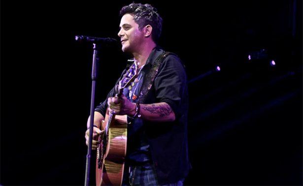 """Alejandro Sanz celebrará 20 años de """"Más"""" con concierto único"""