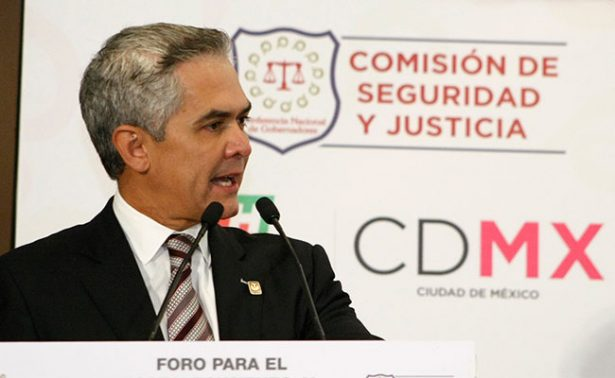 Mancera le aumenta 2 años a reconstrucción de la CDMX