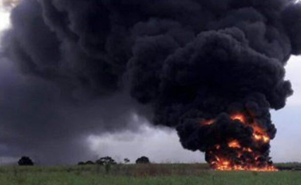 Mueren 4 personas calcinadas en Veracruz tras explotar ducto de Pemex