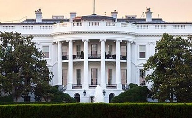 Detienen a sujeto cerca de la Casa Blanca tras 'actividad sospechosa'