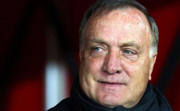 Nombran a Dick Advocaat como nuevo técnico de Holanda