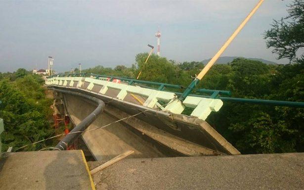 Cae puente Puente Ixtlaltepec tras el temblor