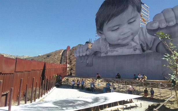 Kikito se va de la línea fronteriza en Tecate