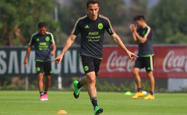 Selección mexicana trabaja a doble carga para amistosos