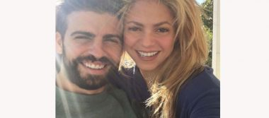 Shakira se deja consentir por el mejor peluquero del mundo