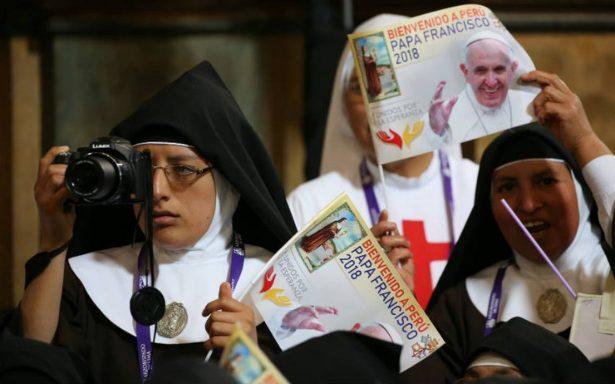 El Papa afirma que las monjas chismosas son peores que terroristas