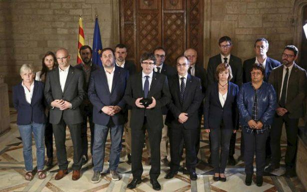 """Cataluña proclama victoria del """"Sí"""" en referéndum y abre la puerta para declarar independencia"""