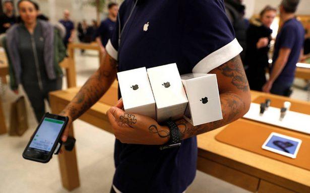En el día de su lanzamiento, roban camión con centenares de iPhone X