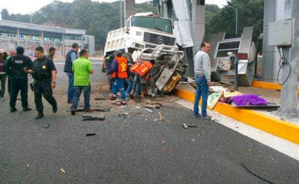 Accidente en laLerma-Marquesa deja 4 muertos, entre ellos un bebé
