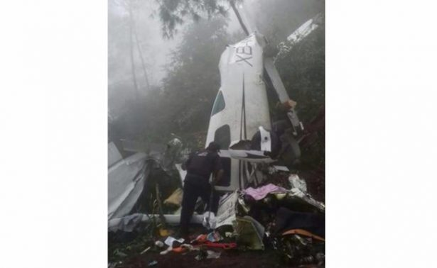 Empresario y esposa mueren en accidente aéreo