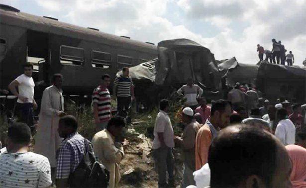 Sube a 36 la cifra de muertos por choque de trenes al norte de Egipto